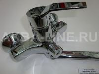 Смеситель Edeny E1204А для ванны прямой нос дивертор в корпусе