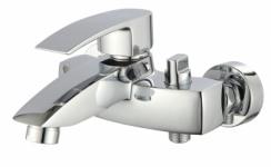 Смеситель Edeny E18303 для ванны короткий нос (люкс)